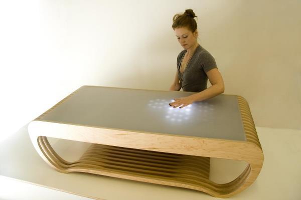 invenções interessantes mesa de centro interativa